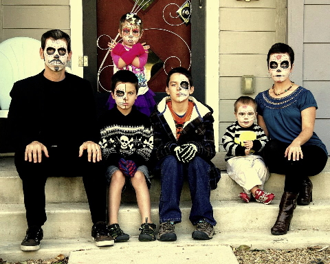 family halloween portrait