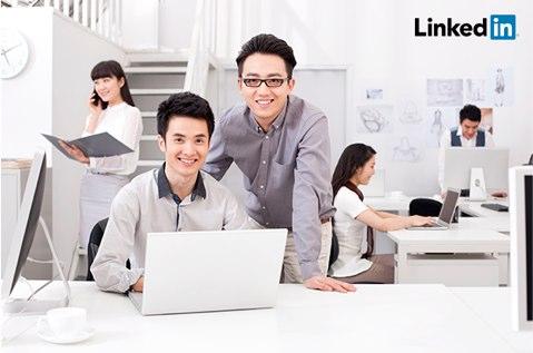 linkedin adds chinese language