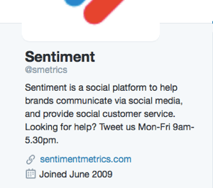 customer service hours in twitter bio