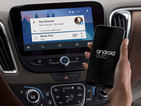 Facebook rolled out an Android Auto integration for Messenger.